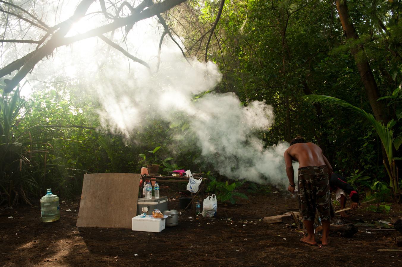 burning-garbage-jungle
