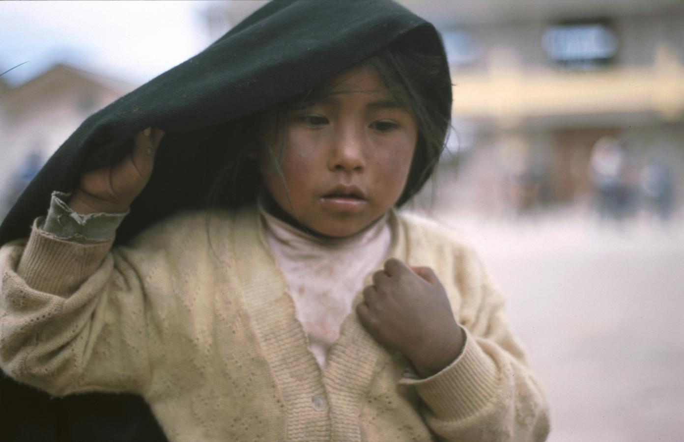 little-girl-2-peru-2001