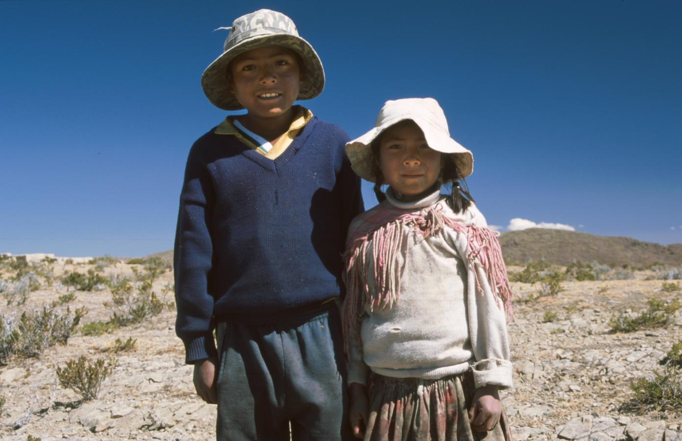 children-around-cusco-peru-2001