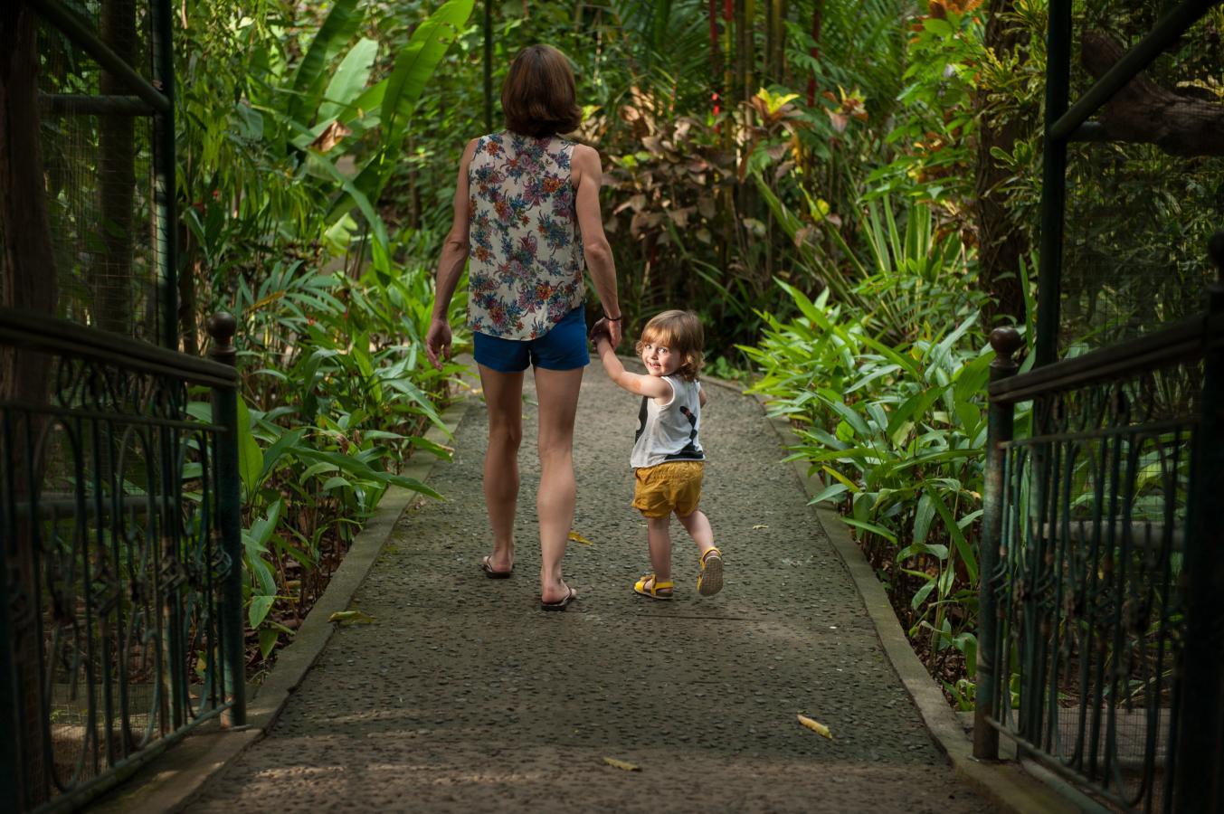 billie-at-the-bali-zoo-singapadu-bali-2013
