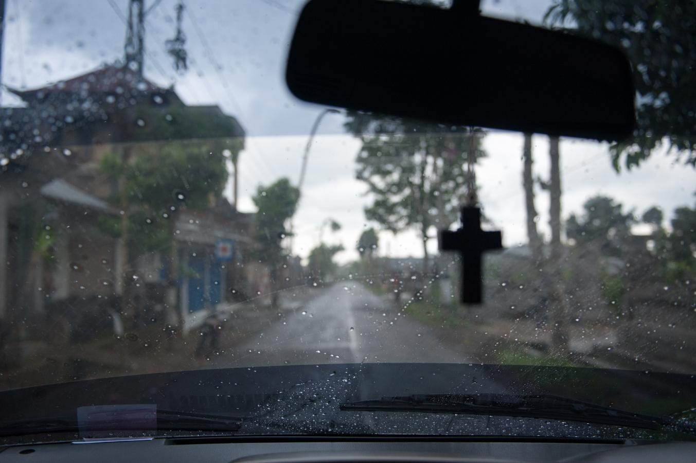 road-Bali-cross